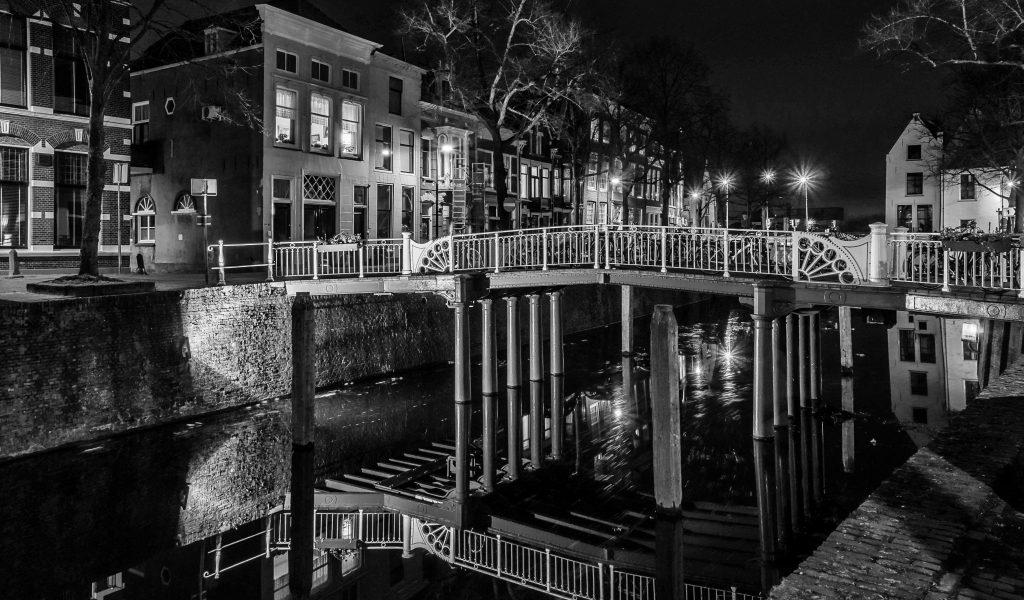 nachtfotografie oosthaven westhaven gouda zwart wit