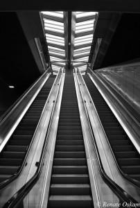 architectuur station amsterdam bijlmer
