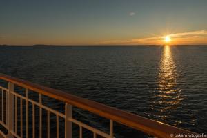 zonsondergang tussen Rørvik en Brønnøysund 01